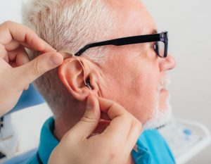 Read more about the article Hearing aids lower the chance of dementia, depression, and falling